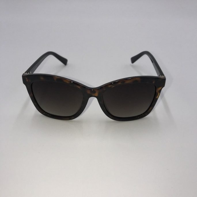 vista frontal gafas grandes marrones